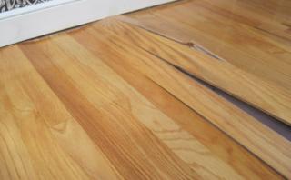 hard-wood-floor-buckling