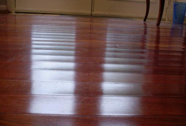 greenhouse-effect-on-hard-wood-floors