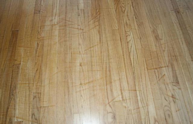 hard-wood-floor-sanding-marks