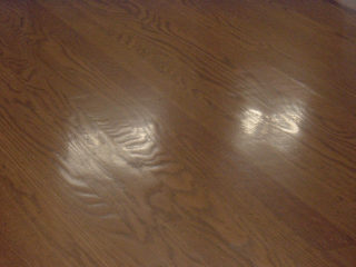 oak-floor-dishout